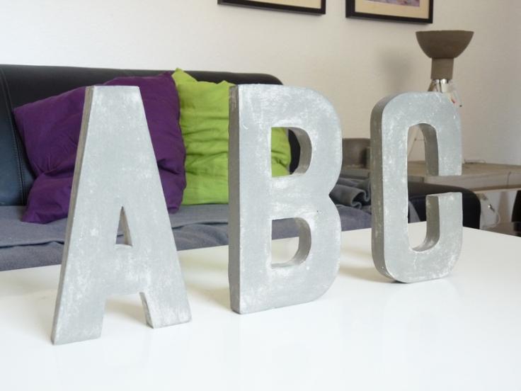 Die ABC Buchstaben aus Beton
